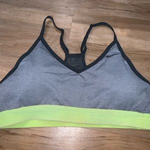 Nike sports bra with removable padding